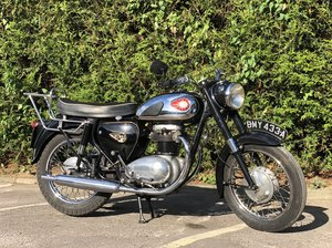 1963 BSA Thunderbolt 650cc  This lovely example
