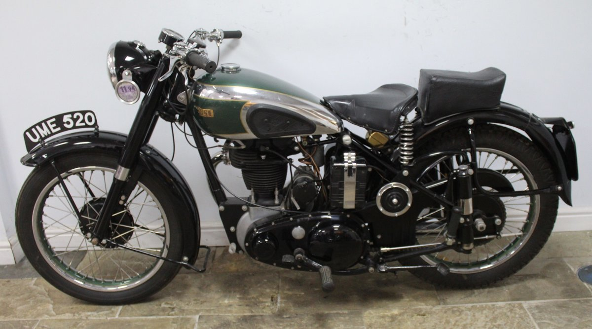 1949 BSA B31 350 cc OHV  Plunger  , Beautiful BSA  SOLD (picture 4 of 6)