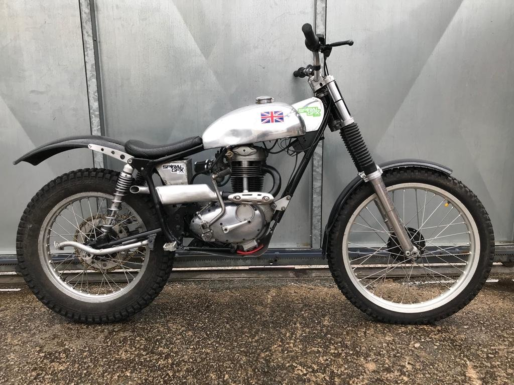 1965 BSA C15 ROYAL ENFIELD FRAME TRIALS BIKE PRE 65 TRAILS £4295  For Sale (picture 3 of 5)