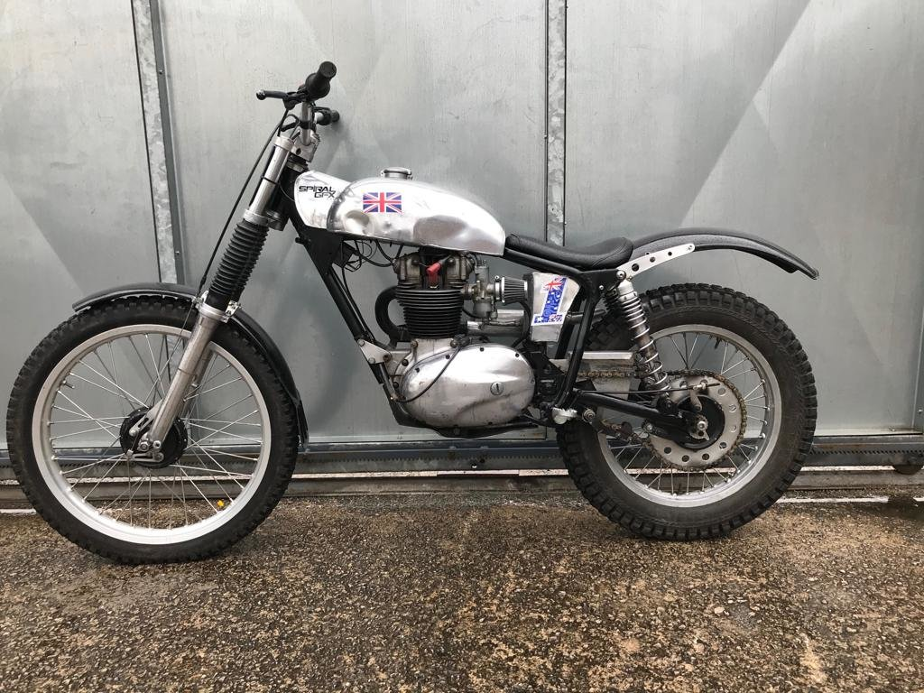 1965 BSA C15 ROYAL ENFIELD FRAME TRIALS BIKE PRE 65 TRAILS £4295  For Sale (picture 4 of 5)