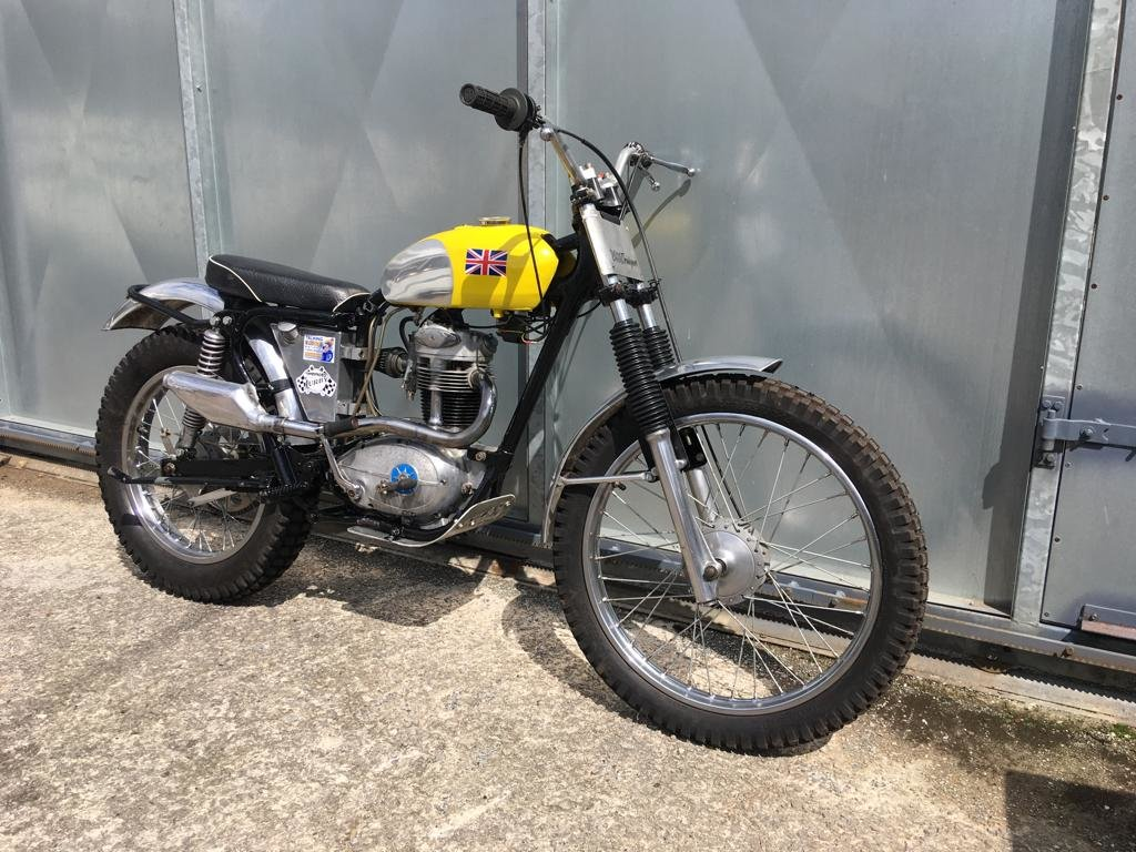 1961 BSA C15 TRIALS BIKE PRE 65 TRAIL GREEN LANER £3795 OFFERS PX For Sale (picture 4 of 5)
