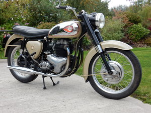 BSA A10 Golden Flash  650cc  1961