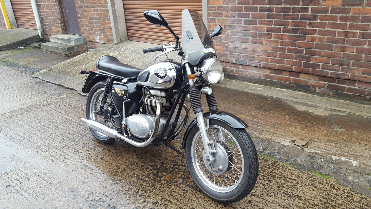 1967 BSA A50 / 65 For Sale (picture 1 of 6)