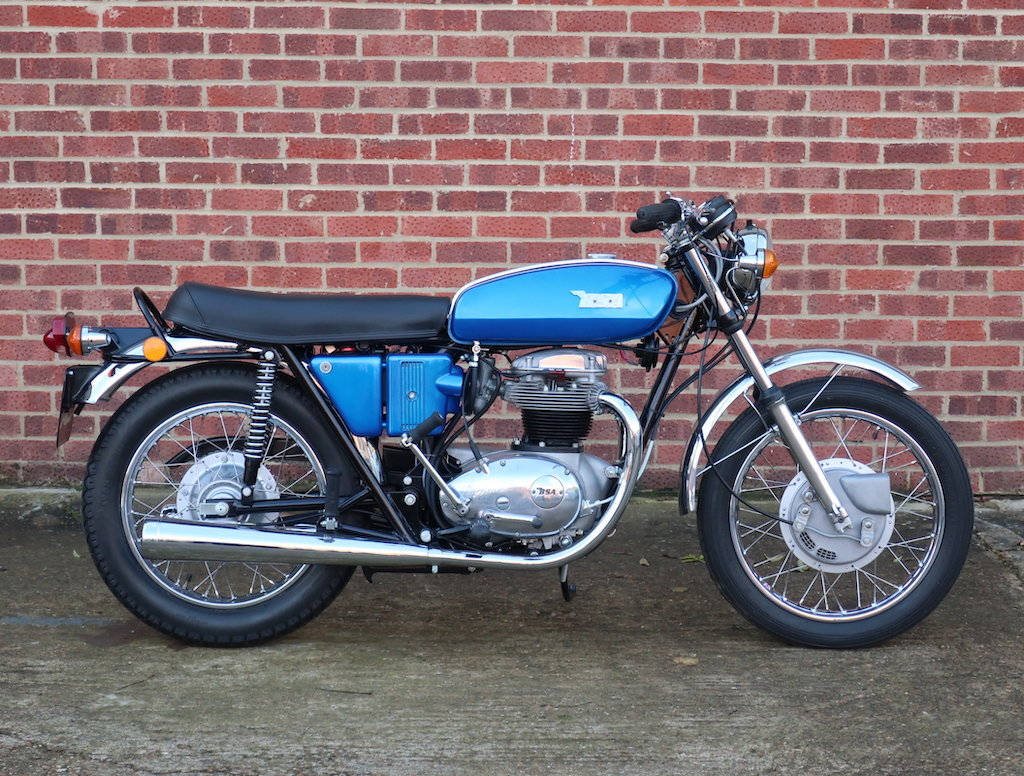 1971 BSA A65 Thunderbolt For Sale (picture 1 of 6)