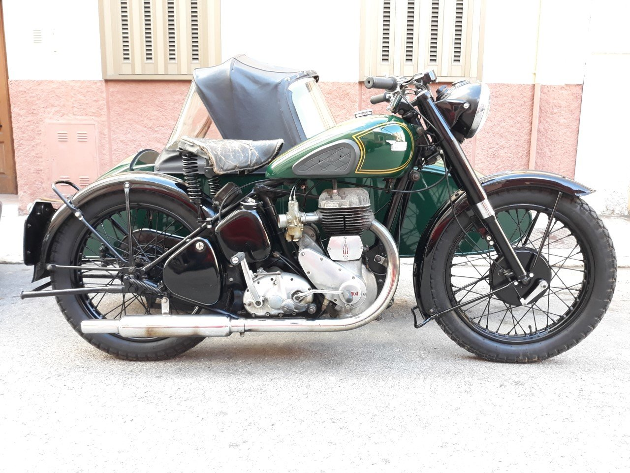 BSA M21  600cc. with BSA sidecar - UK plates.