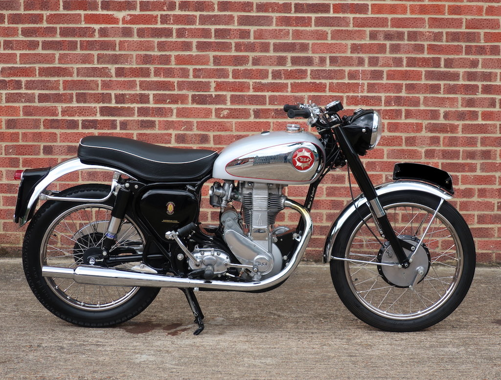 1954 BSA Gold Star 350cc 'featured in the ITV motorbike show' For Sale (picture 1 of 6)