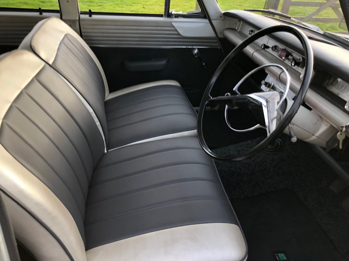 Ford Classic Consul Saloon 1962 For Sale (picture 5 of 6)