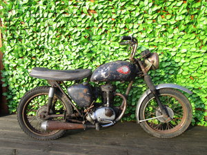 1962 BSA C15 'Sportsman' (SS80) Barn find with V5C