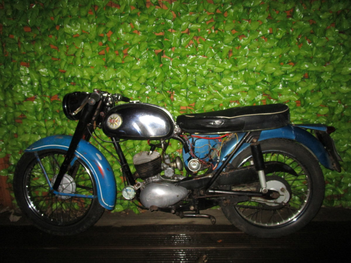 1965 Bsa bantam d7 , with v5, project bike SOLD (picture 2 of 6)