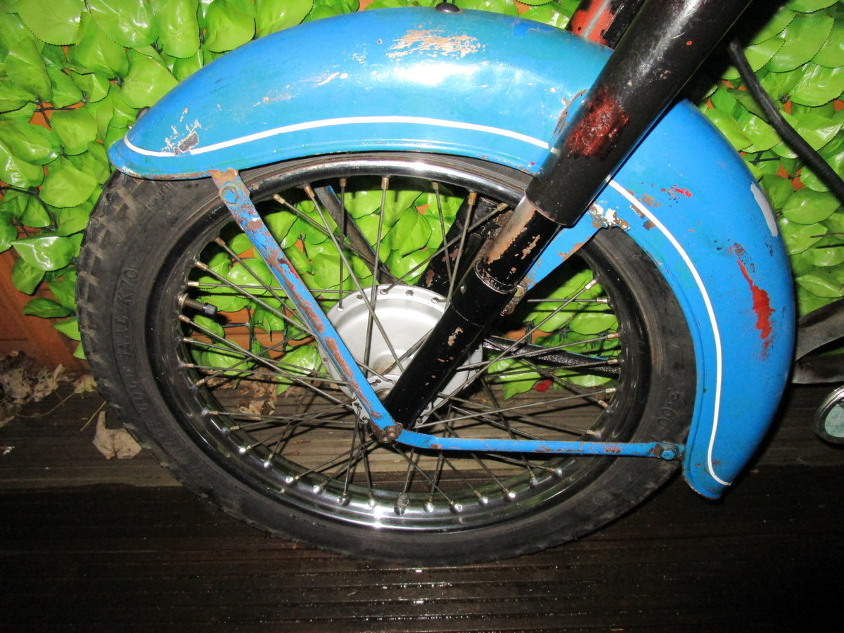 1965 Bsa bantam d7 , with v5, project bike SOLD (picture 3 of 6)