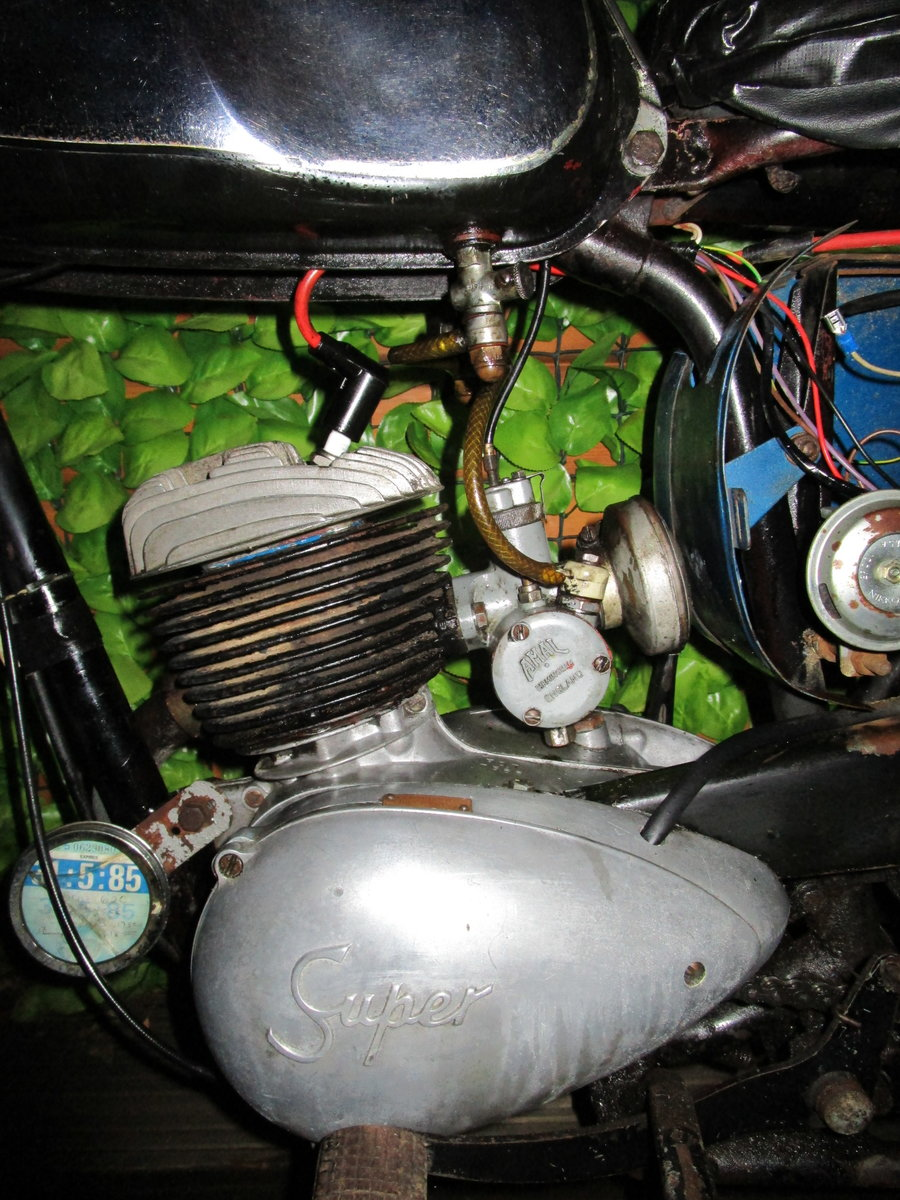 1965 Bsa bantam d7 , with v5, project bike SOLD (picture 6 of 6)
