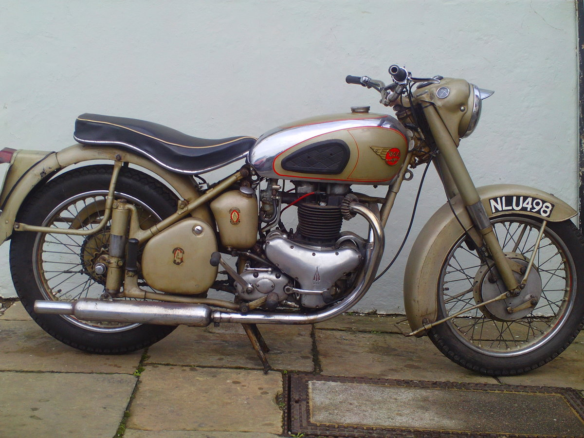 1953 BSA A10 GOLDEN  SOLD (picture 1 of 6)