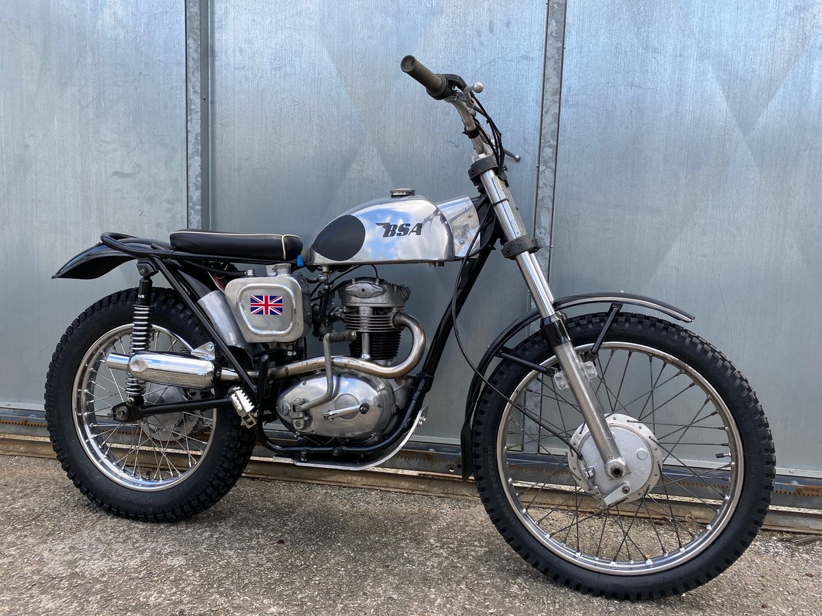 1965 BSA C15 TRIALS BIKE PRE 65 TRAILS ROAD REGD WITH V5 £4295  For Sale (picture 1 of 6)