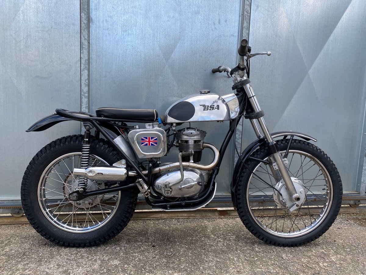 1965 BSA C15 TRIALS BIKE PRE 65 TRAILS ROAD REGD WITH V5 £4295  For Sale (picture 2 of 6)