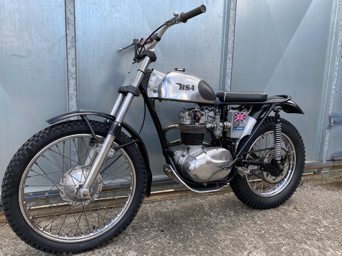 1965 BSA C15 TRIALS BIKE PRE 65 TRAILS ROAD REGD WITH V5 £4295  For Sale (picture 3 of 6)