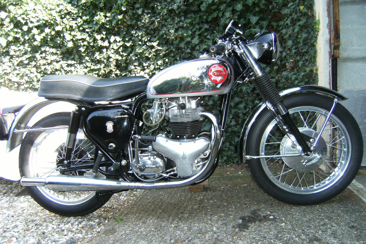 1963 Bsa rocket gold star. For Sale (picture 1 of 6)
