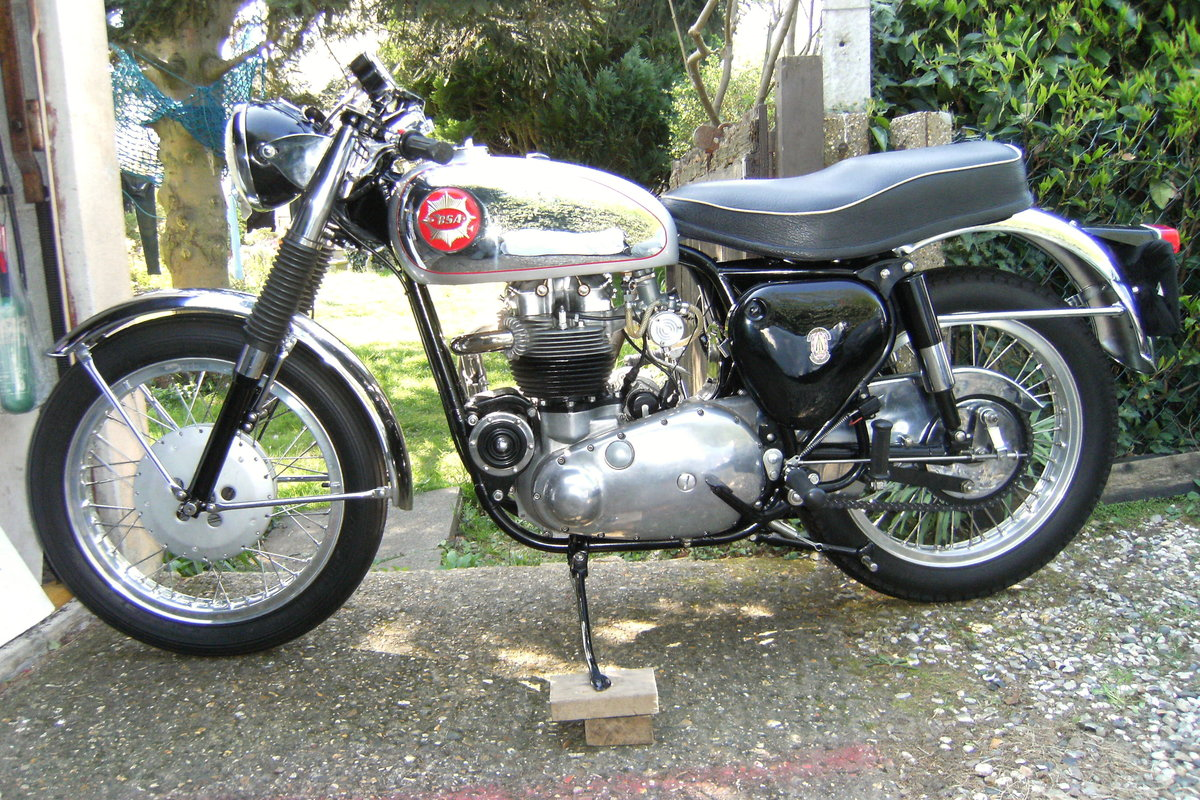 1963 Bsa rocket gold star. For Sale (picture 2 of 6)