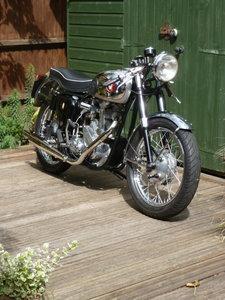 Bsa b31 400cc goldie look  alike