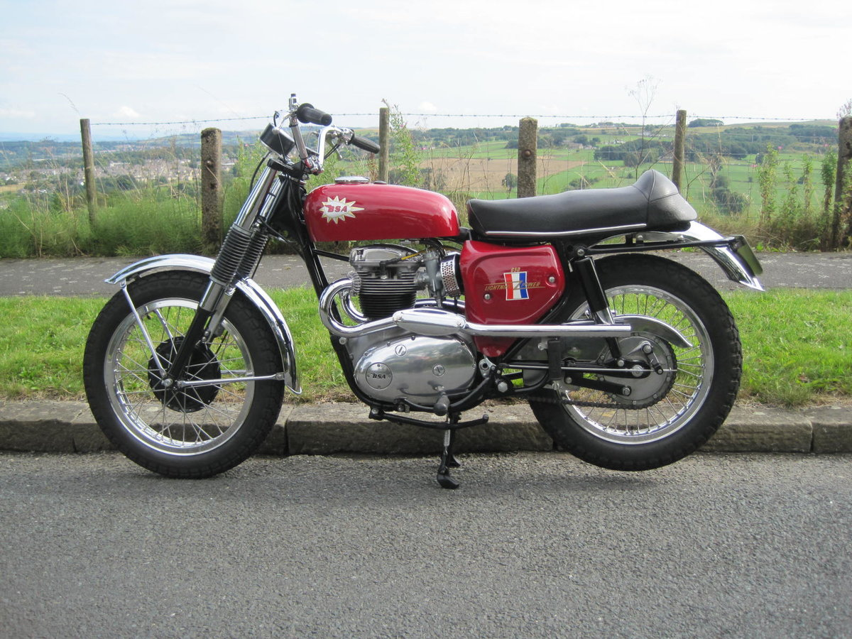 1967 BSA Hornet 650, Show Winning Bike-Outstanding For Sale (picture 2 of 6)