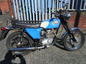 1968 BSA B25 Barracuda 250 V5C  ride away Starfire