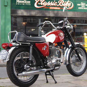 1968 BSA B44 Shooting Star 441cc RESERVED FOR ELLIS.