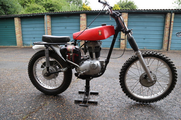 1960 BSA C15 Trials Pre 65 Twinshock SS80 engine For Sale (picture 1 of 6)