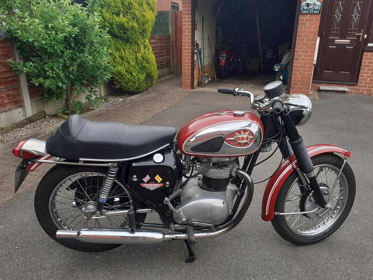 1968 a65 thunderbolt Classic bike  For Sale (picture 1 of 6)
