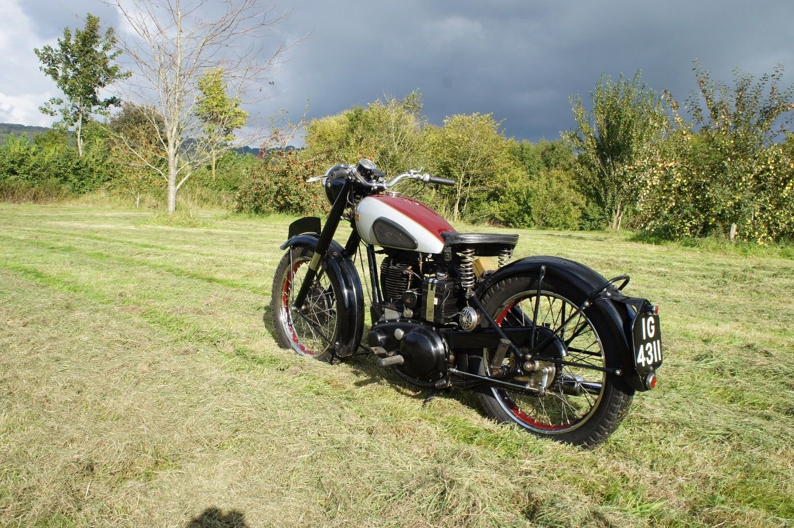 1949 Bsa b33 For Sale (picture 5 of 6)