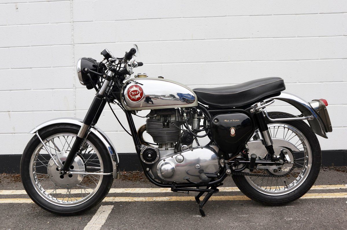 1959 BSA DBD34 Gold Star 500cc - With Pearson Electric Start SOLD (picture 2 of 6)