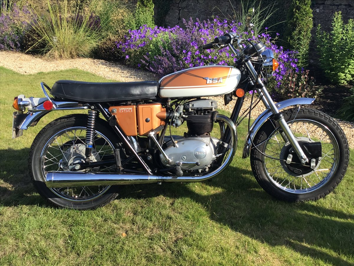 1972 Good US spec matching numbers twin carb model A65 For Sale (picture 2 of 5)