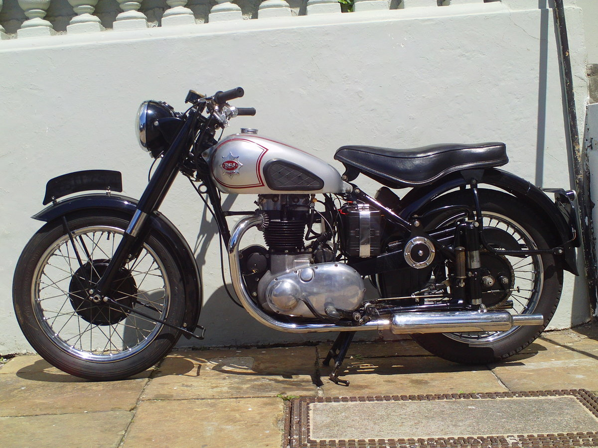 1952 BSA A7 STAR TWIN PLUNGER SOLD (picture 3 of 6)