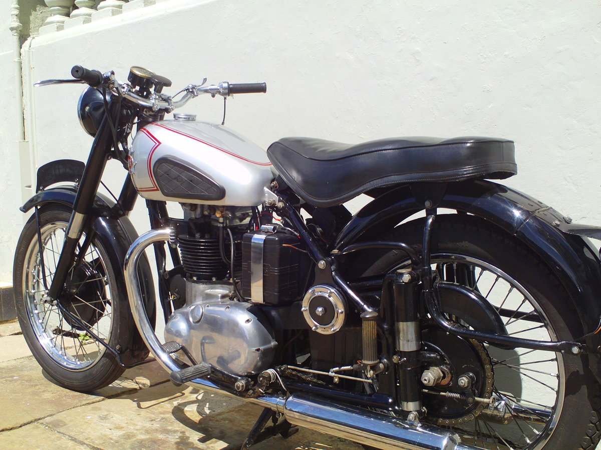1952 BSA A7 STAR TWIN PLUNGER SOLD (picture 4 of 6)
