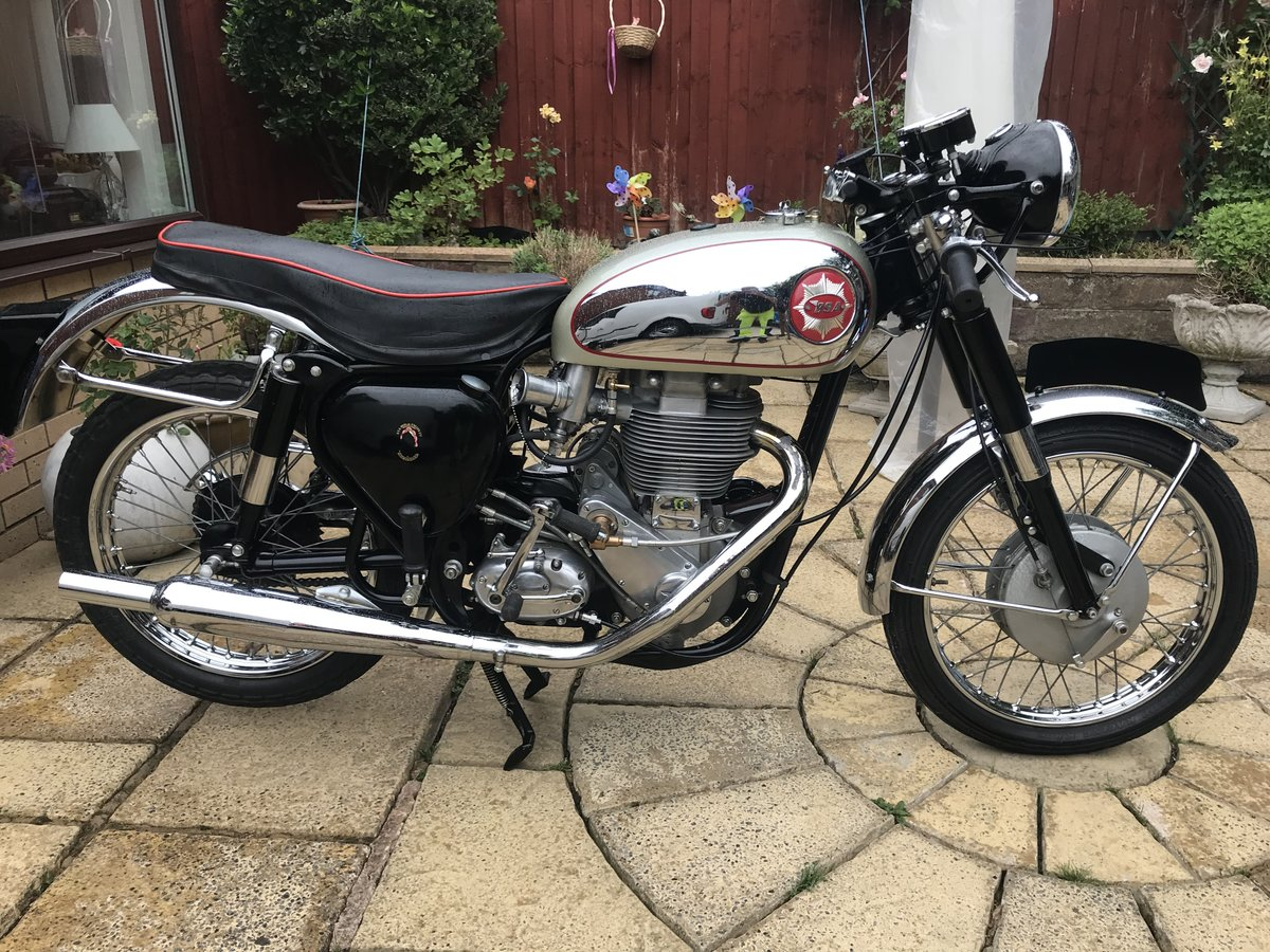 1961 BSA GOLDSTAR DBD34 For Sale (picture 1 of 6)