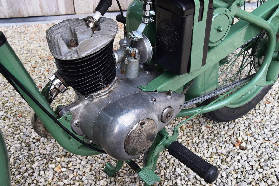 1951 BSA Bantam D1 with Lucas electrics and plunger springs SOLD (picture 6 of 6)