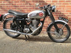 BSA DBD34 GOLD STAR