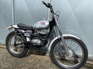 BSA BANTAM PRE 65 TRIALS ROAD REGD WITH V5 RUNS ACE! OFFERS?