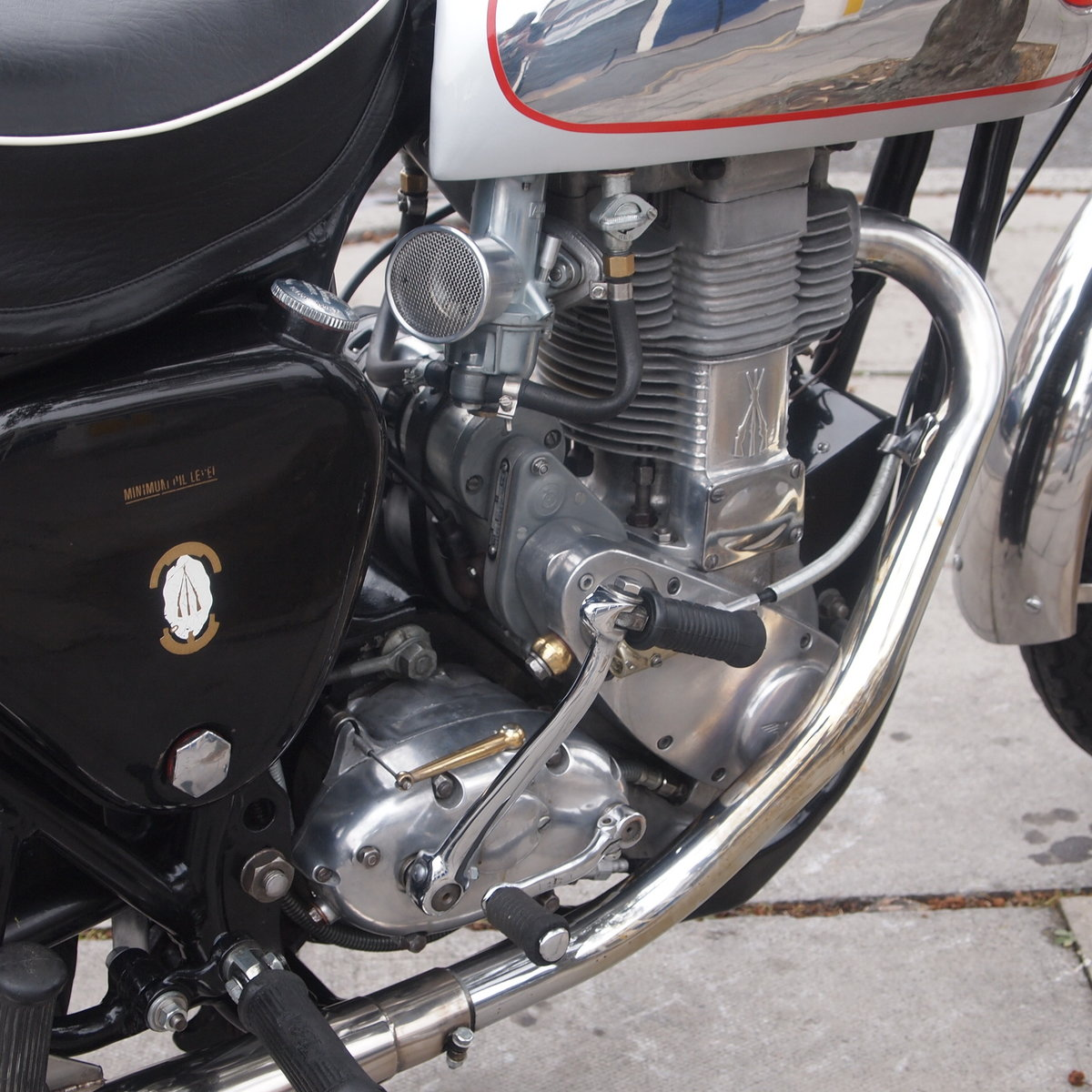 1955 BSA Gold Star 350 With Amal And GP Carb, Nice Motorcycle. For Sale (picture 2 of 6)