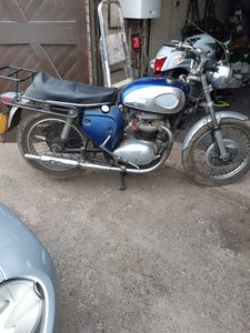 Picture of 1969 Bsa A50 royal star barn find