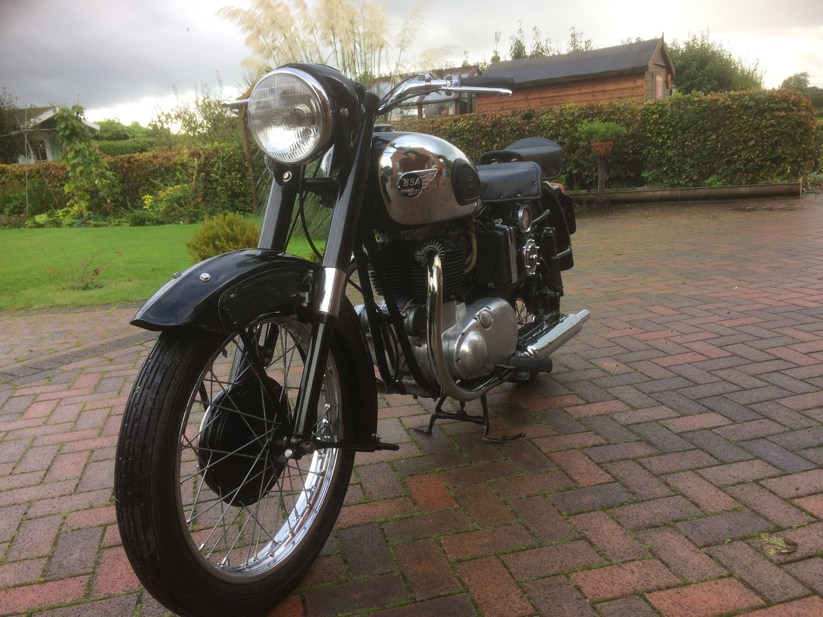 1954 Classic bsa  gold  flash SOLD (picture 3 of 6)
