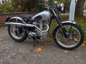 Picture of 1953 B34 plunger bike