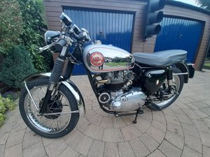 Picture of 1956 BSA Rocket Gold Star (replica)
