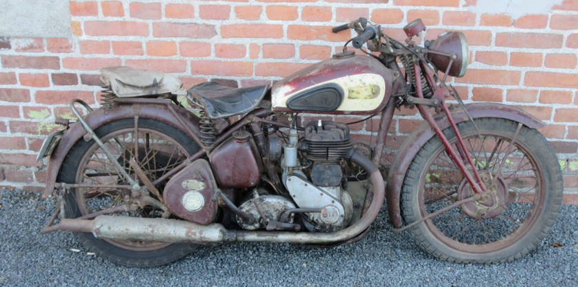 1942 BSA WM 20 Matching numbers For Sale (picture 1 of 1)