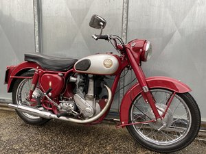 BSA B31 LOVELY BIKE ALL ROUND RUNS MINT! PX C15 B40