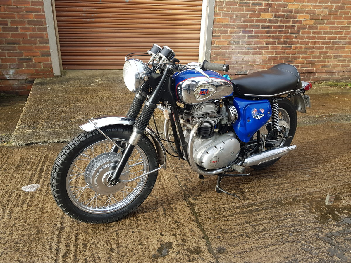 1967 BSA A65 Lightning - SOLD, awaiting collection For Sale (picture 2 of 6)