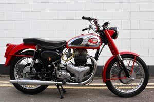 1960 BSA Super Rocket 650cc - Restored