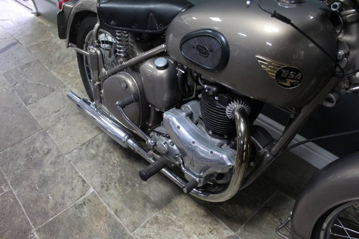 1953 BSA Gold Flash 650 cc , Frame number BA7S-10677 For Sale (picture 8 of 14)