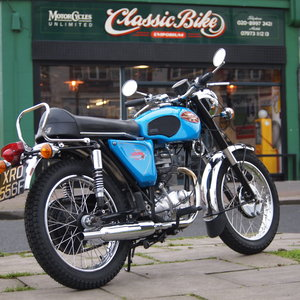 BSA Starfire / Barracuda 250 / Buff Book / UK Bike / Nice.