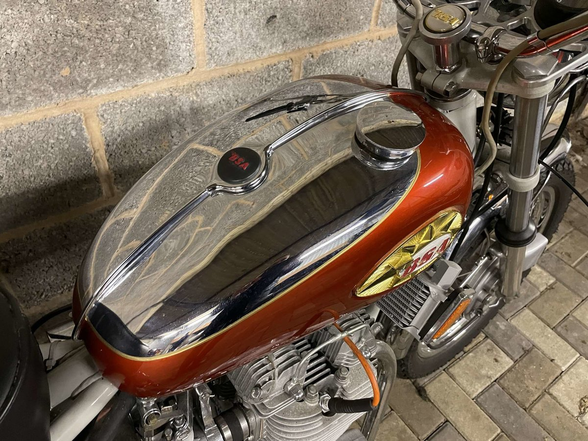 1971 BSA A75R Rocket 3 Mk 2 For Sale by Auction (picture 14 of 25)