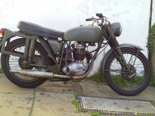 1970 BSA B40 MILITARY SOLD (picture 1 of 6)