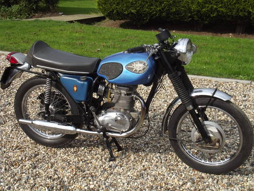 BSA 250cc Starfire 1971 SOLD (picture 1 of 6)